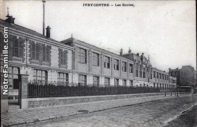 Photos et cartes postales anciennes de ivry sur seine 94200 for Piscine 8 mai vitry sur seine