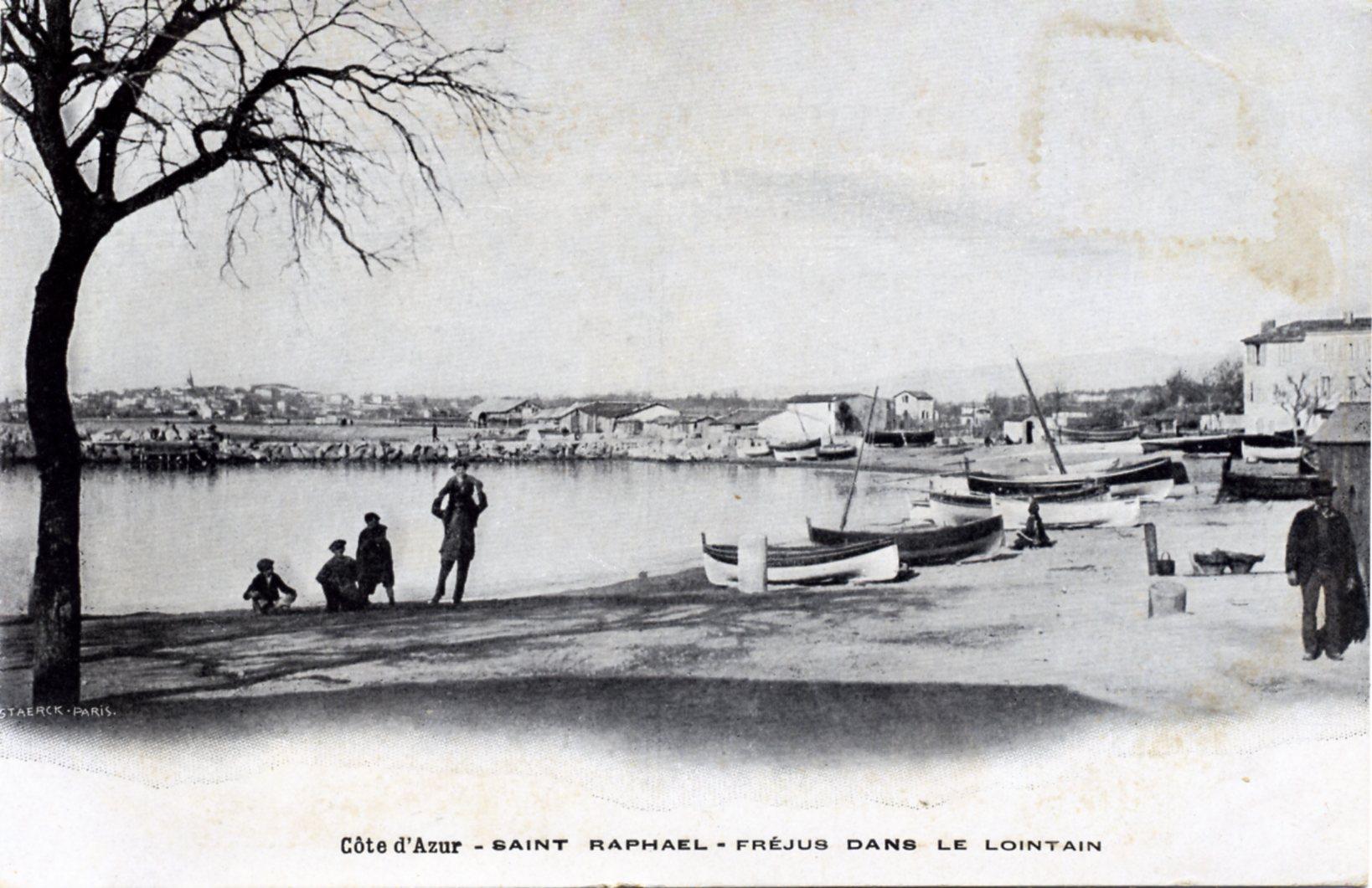 photo saint rapha l 83700 fr jus dans le lointain vers 1905 carte postale ancienne. Black Bedroom Furniture Sets. Home Design Ideas