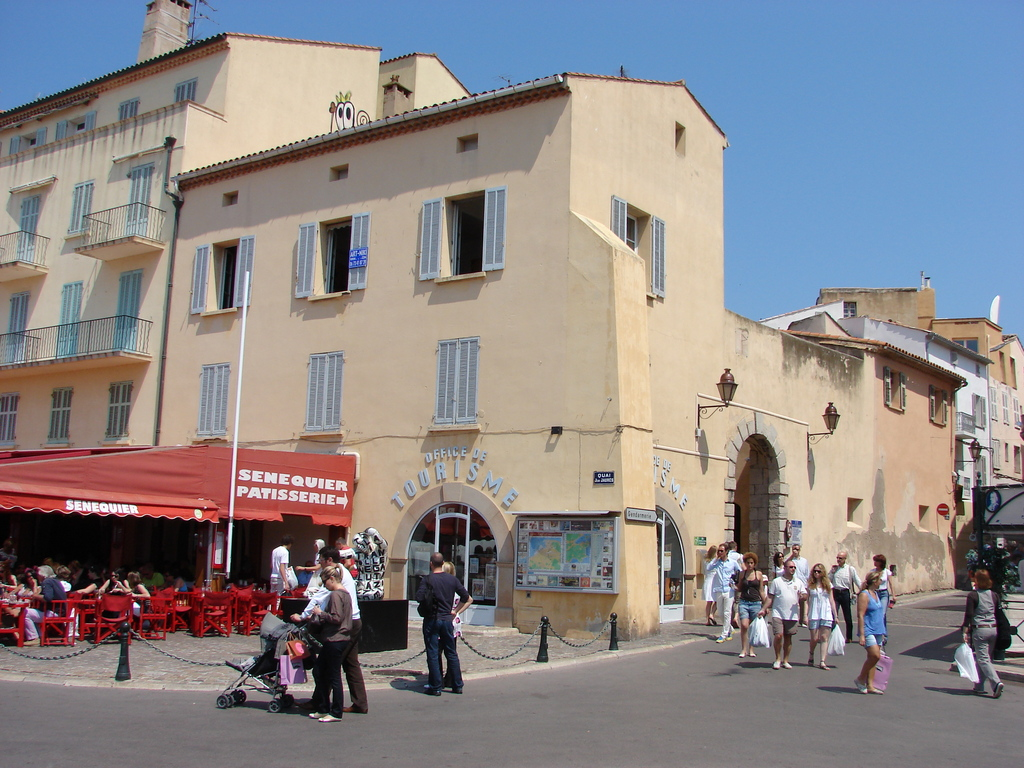 Photo saint tropez 83990 l 39 office du tourisme saint tropez 41989 - Office du tourisme de ramatuelle ...