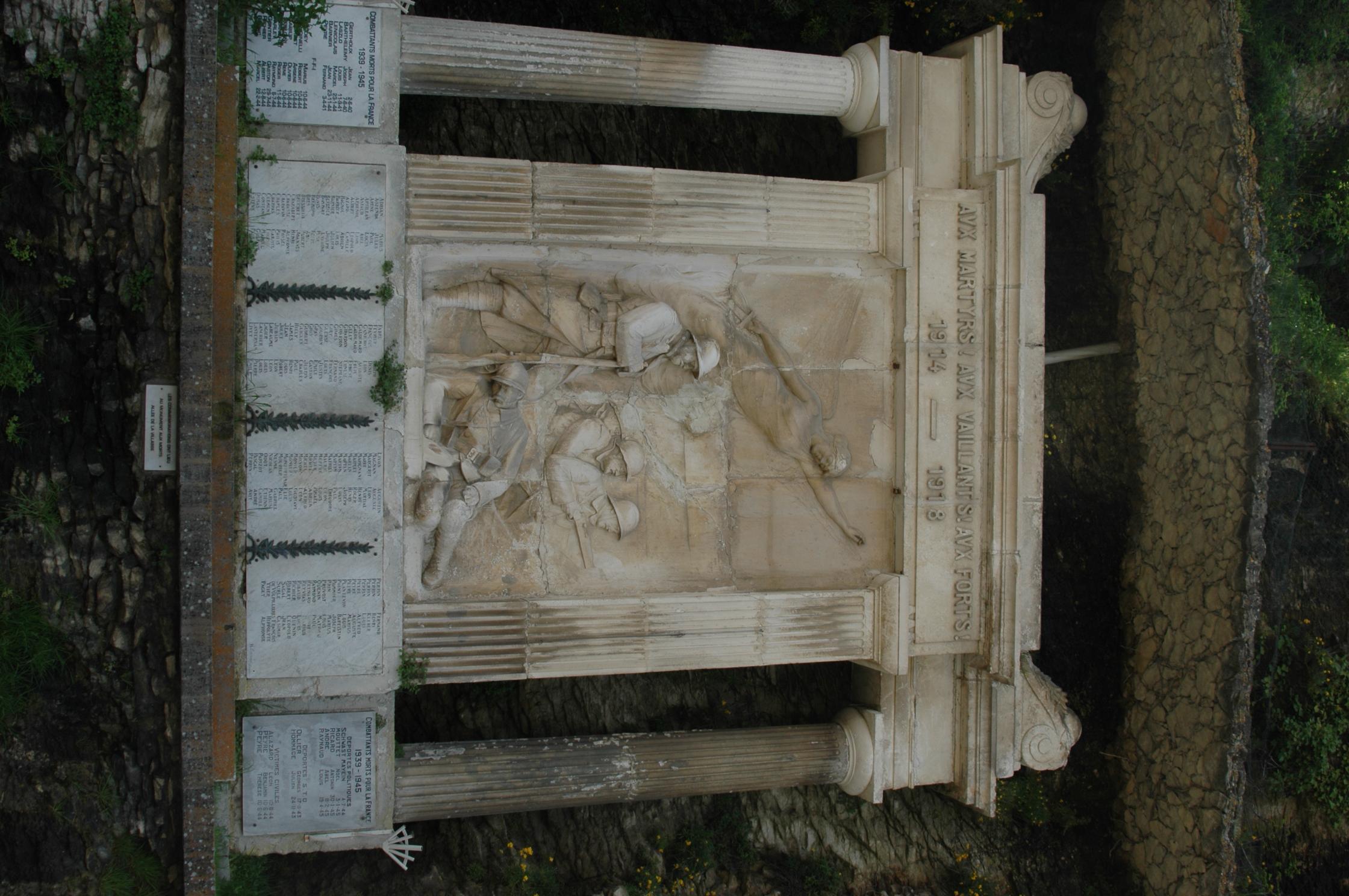 photo vaison la romaine 84110 monument aux morts pour la france vaison la romaine. Black Bedroom Furniture Sets. Home Design Ideas
