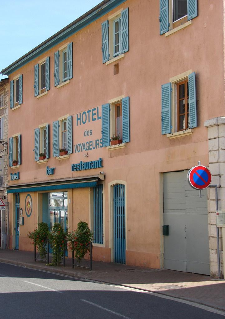Photo tr voux 01600 l 39 h tel des voyageurs for Hotel design rhone alpes