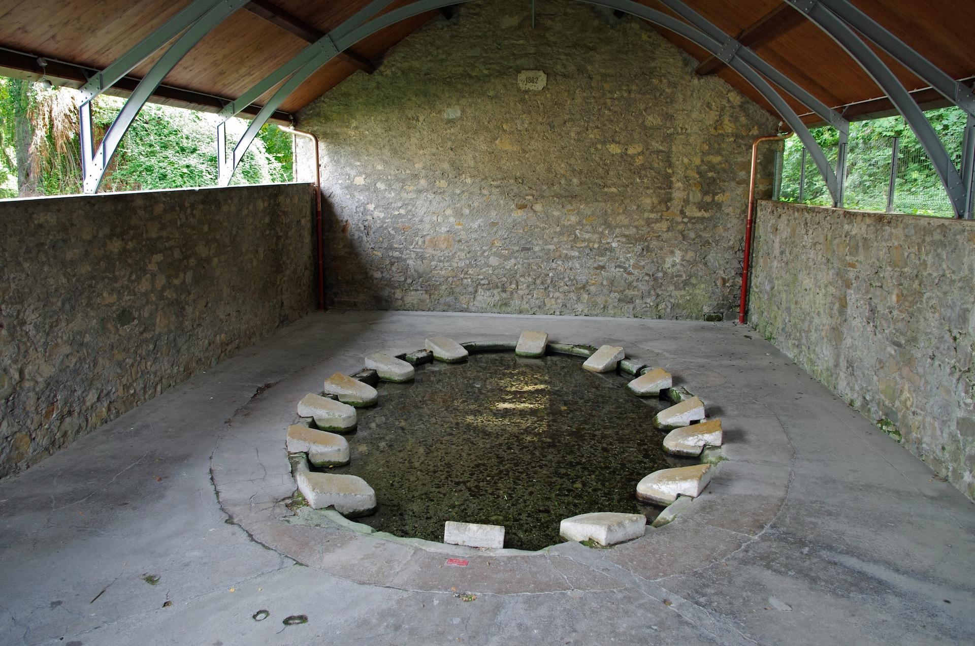 photo thonon les bains 74200 le grand lavoir de rives a t construit en 1848 et. Black Bedroom Furniture Sets. Home Design Ideas
