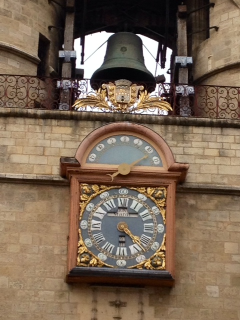La Grosse Cloche et son horloge. - Bordeaux