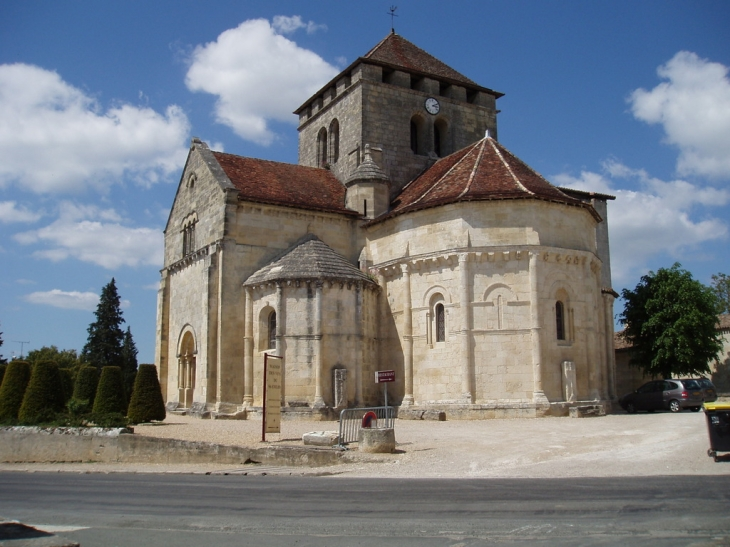 Eglise SAINT- MARTIN XII siècle - Montagne