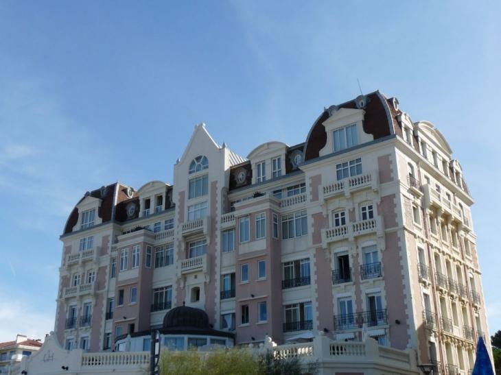 photo saint jean de luz 64500 le grand hotel saint jean de luz 116497. Black Bedroom Furniture Sets. Home Design Ideas