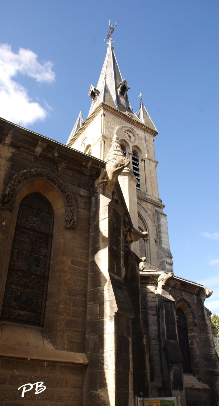 Eglise Saint Saturnain Ville Cusset