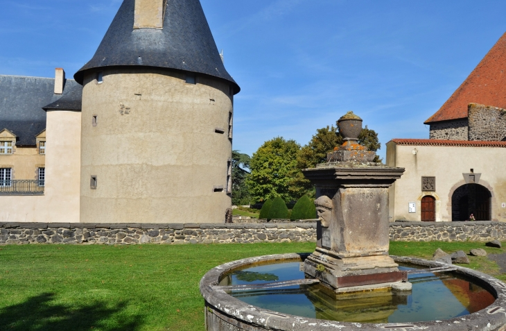 La Fontaine - Villeneuve