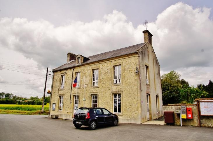 La Mairie - Crouay