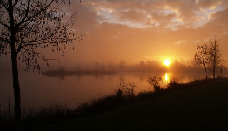 Photo saint doulchard 18230 lever de soleil sur l - Meteo st doulchard ...