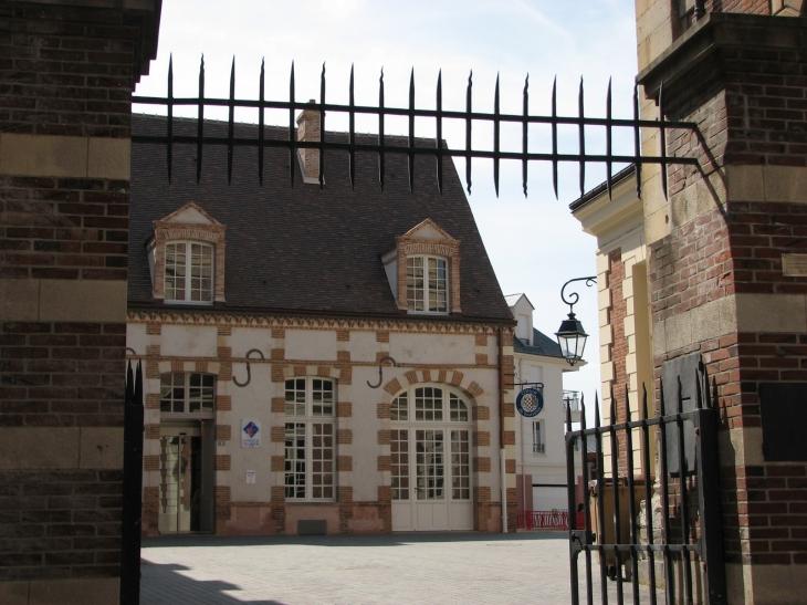 Photo dreux 28100 dreux l 39 office de tourisme 133212 - Office de tourisme eure et loir ...