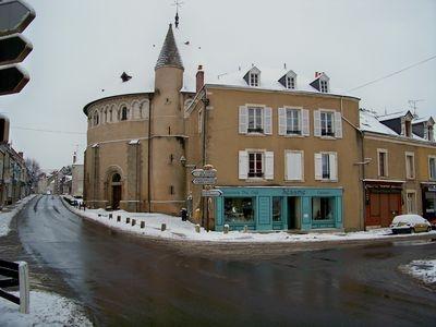photo neuvy saint s pulchre 36230 la basilique neuvy saint s pulchre 56944. Black Bedroom Furniture Sets. Home Design Ideas