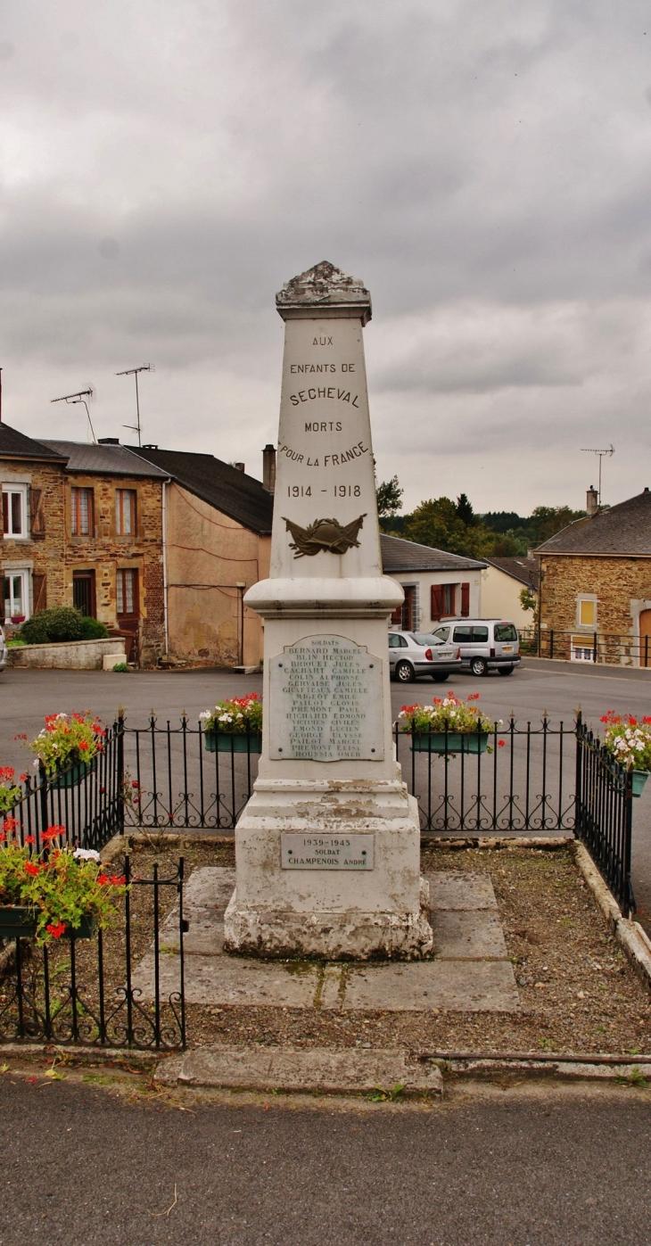 Monument aux Morts - Sécheval