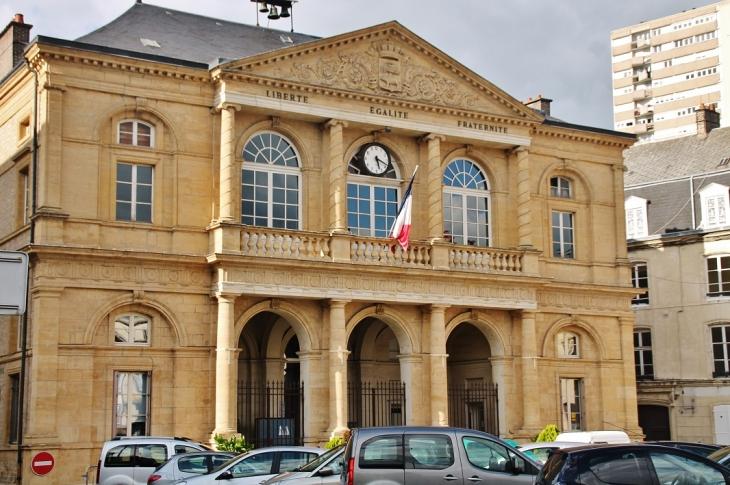 Hotel-de-Ville - Sedan