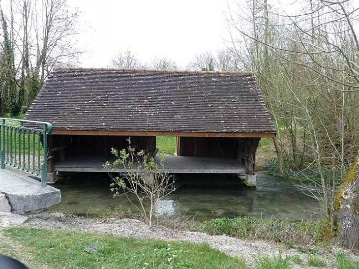 Lavoir - Montsuzain