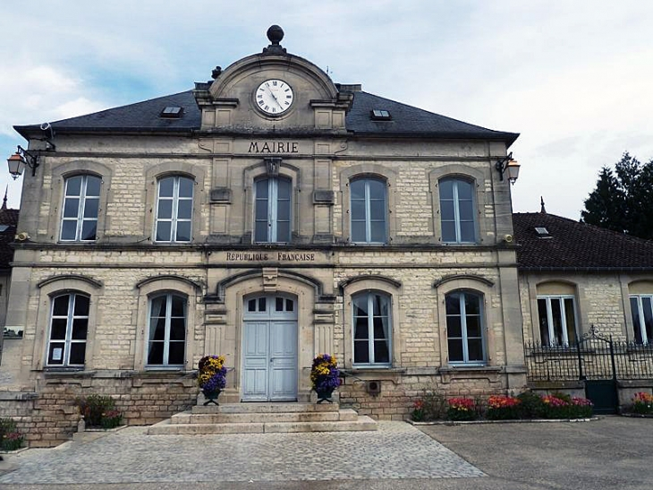 La mairie - Neuville-sur-Seine