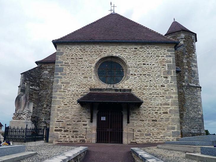 L'entrée de l'église - Villiers-sous-Praslin