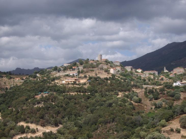 Le village - Arbellara