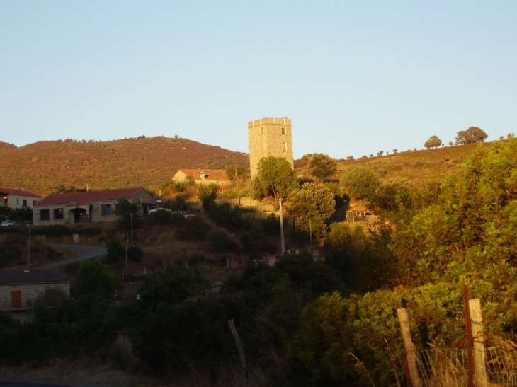 La tour - Arbellara