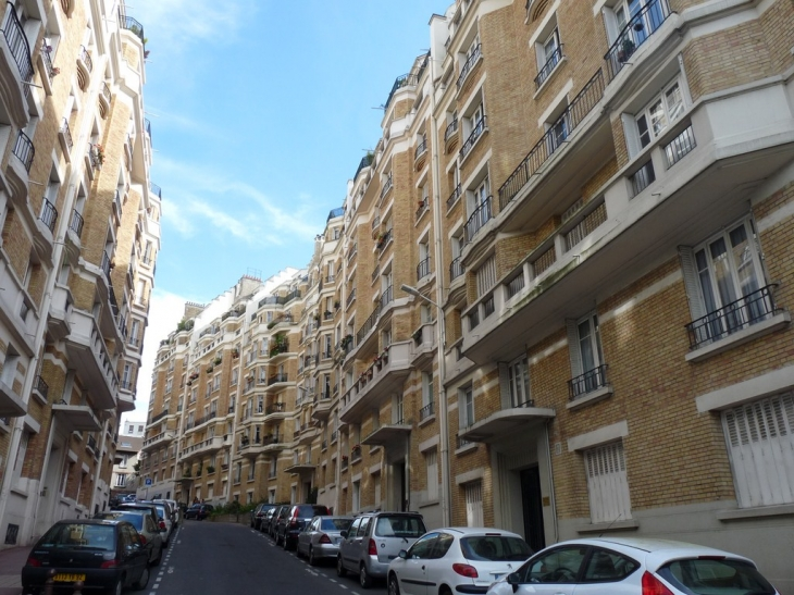 Rue Edouard Branly - Issy-les-Moulineaux