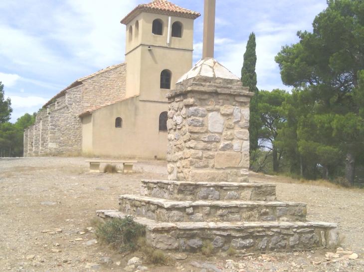 - Roquefort-des-Corbières