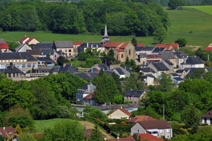 Photo à Saint-Pierre-de-Fursac (23290) : St Pierre vue de St Etienne - Saint -Pierre-de-Fursac, 53934 Communes.com