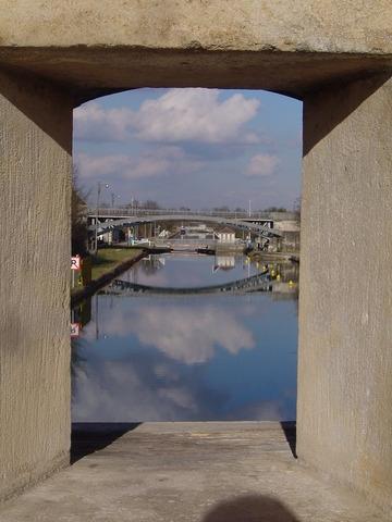 Photo toul 54200 toul le canal de la marne au rhin for Toul 54200 plan