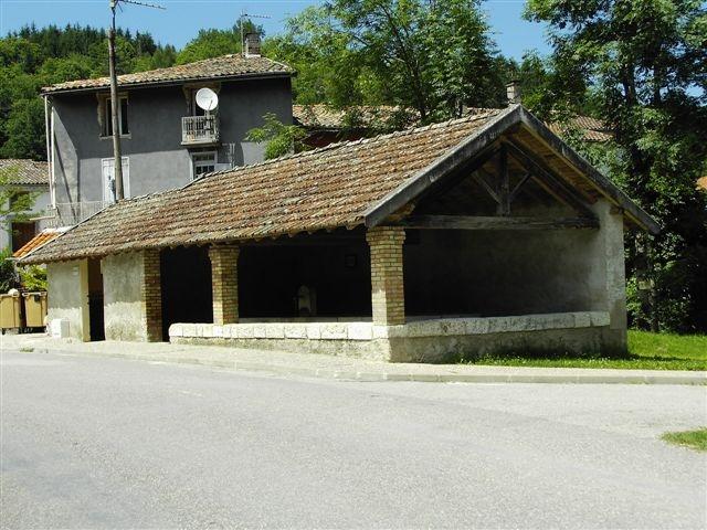 Fougax-et-Barrineuf