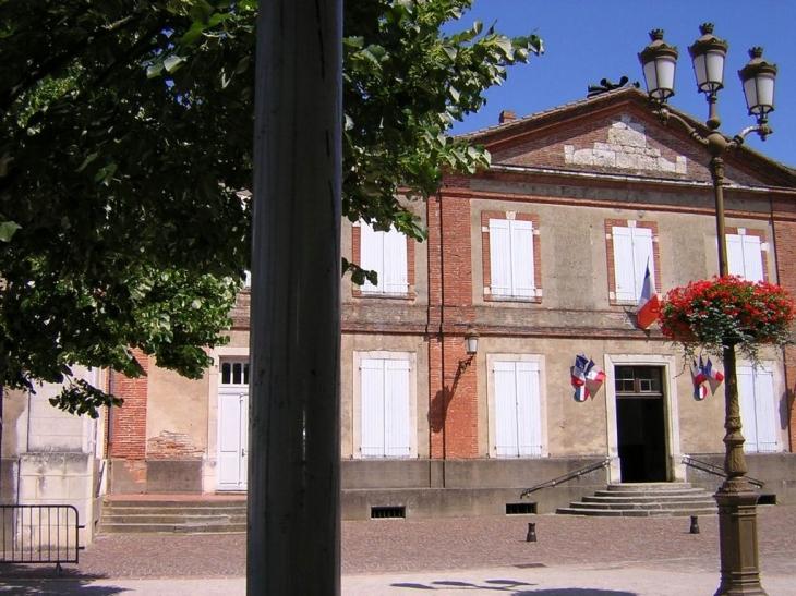 Lézat : Mairie du XVIIIème - Lézat-sur-Lèze