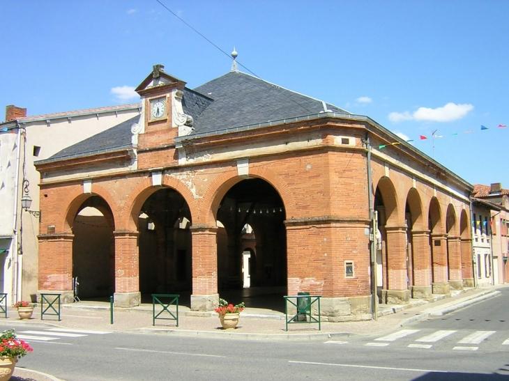 Lézat :  La Halle - Lézat-sur-Lèze