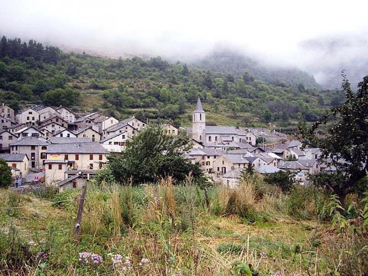 Vue sur le village - Mijanès
