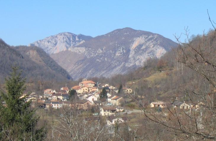 Village de Perles  - Perles-et-Castelet