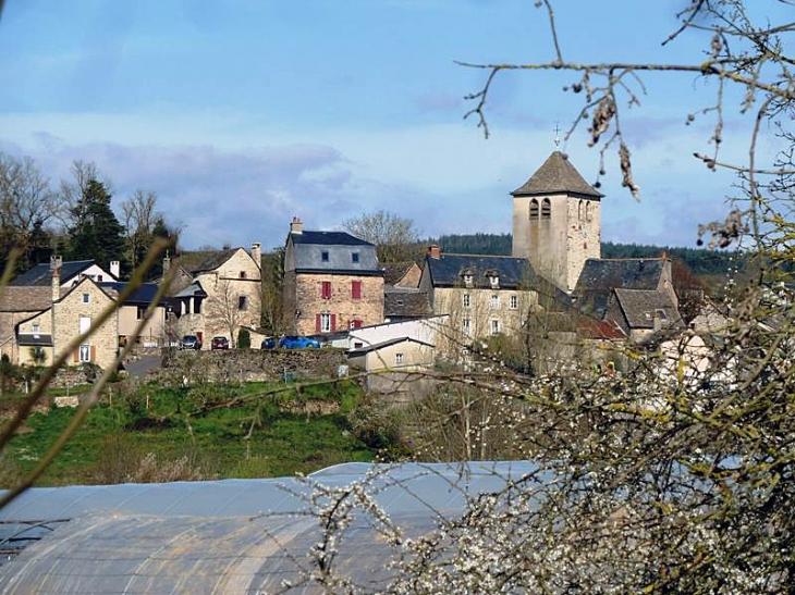 Vue sur le village - Agen-d'Aveyron