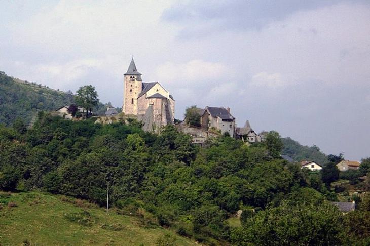 Vue sur le village - Auzits