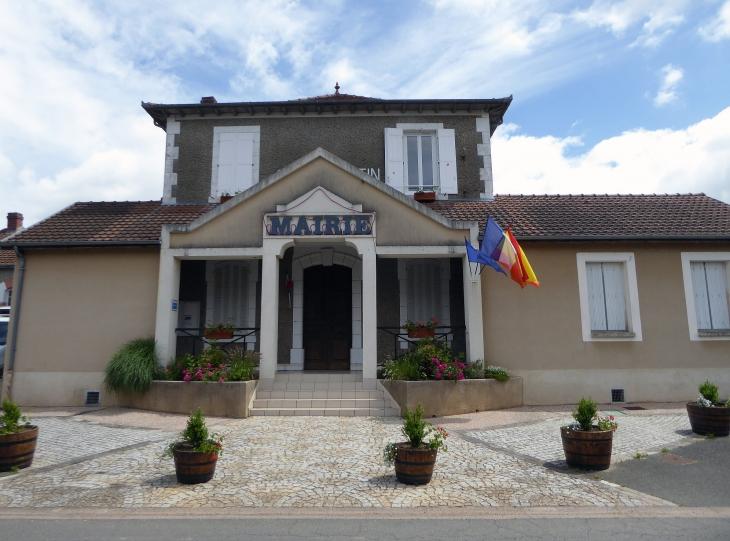 La mairie - Saint-Santin