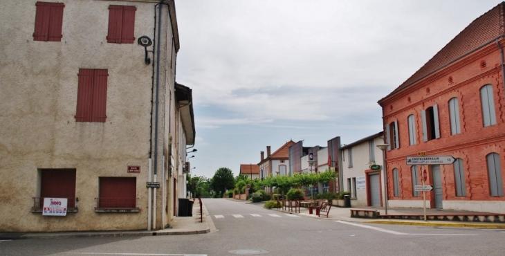 Le Village - Meauzac