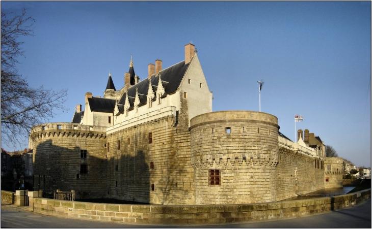 photo nantes 44000 chateau des ducs de bretagne nantes 5550. Black Bedroom Furniture Sets. Home Design Ideas