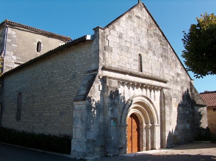 Eglise de St Martial sur Né - Saint-Martial-sur-Né