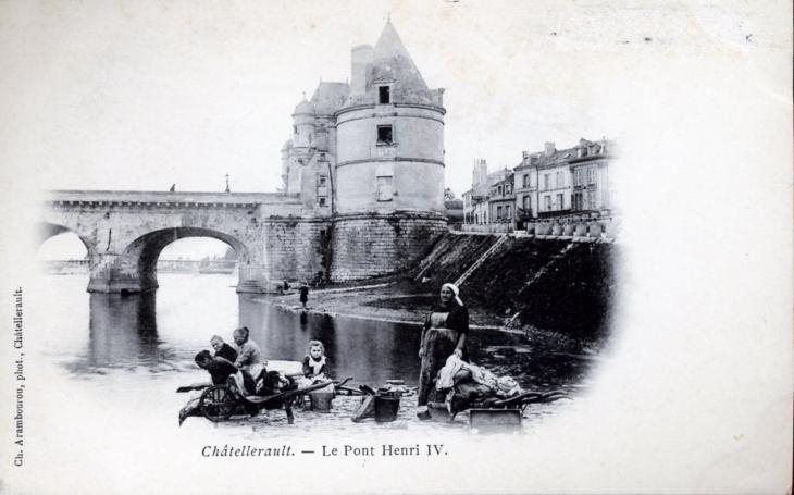 photo ch tellerault 86100 le pont henri iv vers 1910 carte postale ancienne. Black Bedroom Furniture Sets. Home Design Ideas
