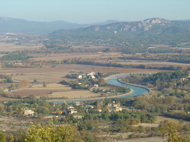 Tel un serpentin... - Le Puy-Sainte-Réparade