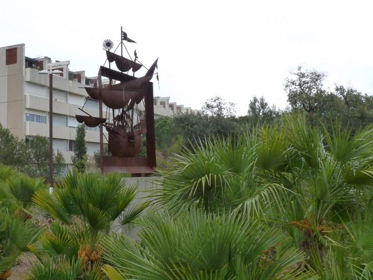 Les jardins de lea la seyne sur mer 28 images hotel la for Le jardin de lea