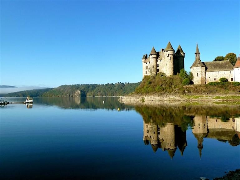 château du val-Lanobre